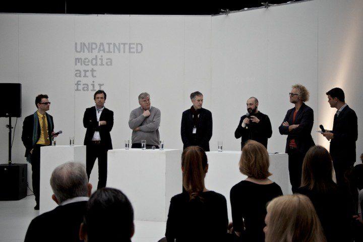 Diskussionsrunde auf der UNPAINTED media art fair 2014   Foto: ISARBLOG
