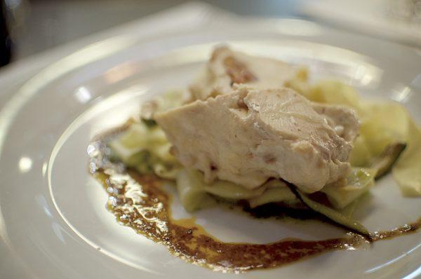 Die Hauptspeise des Abends: Involtini vom Maishuhn   Foto: Monika Schreiner