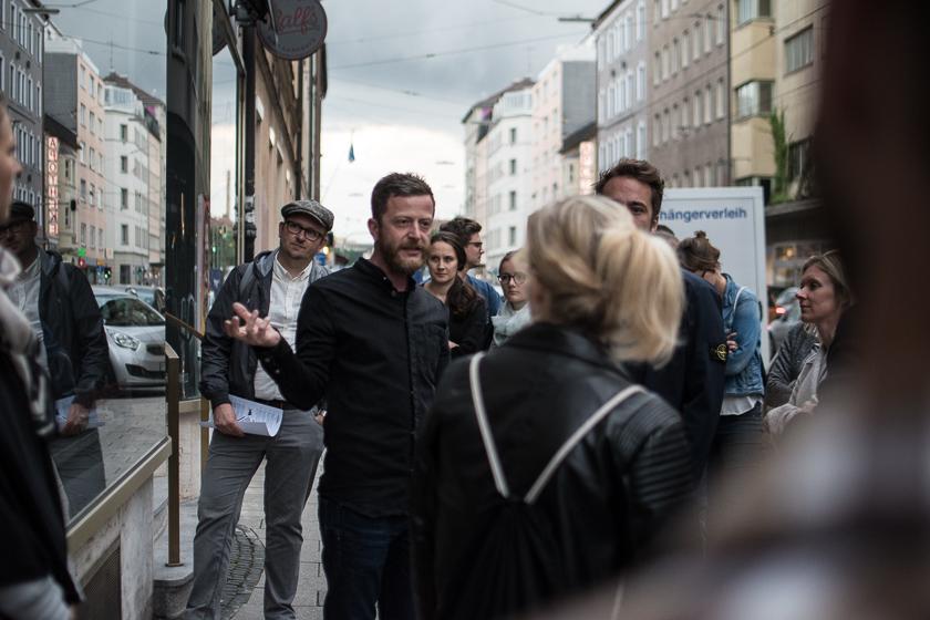 Marco Schwalbe beim Presserundgang   Foto: Monika Schreiner