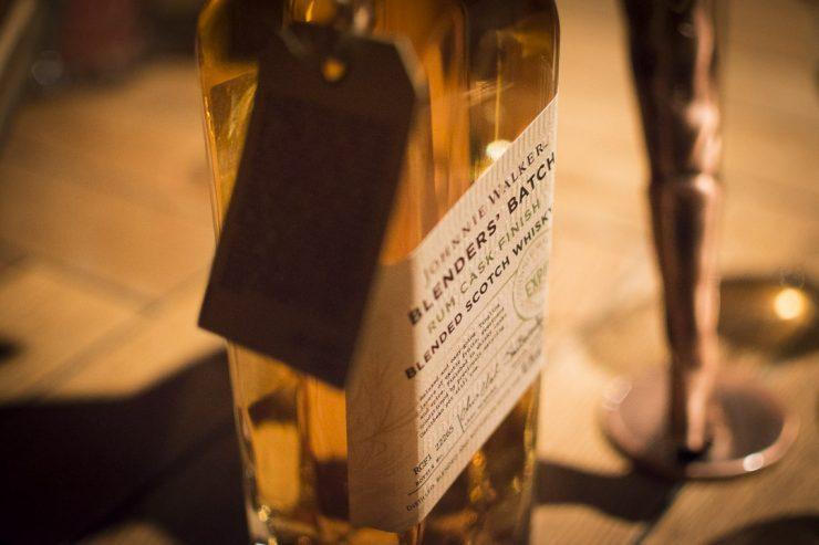 Johnnie Walker Blenders Batch Rum Cask Finish - ISARBLOG