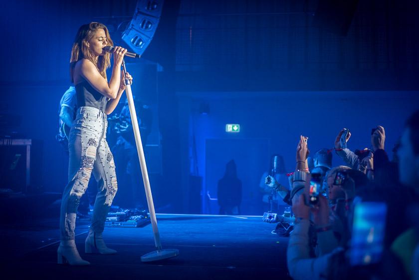 Vanessa Mai & Moses P live im Technikum - ISARBLOG