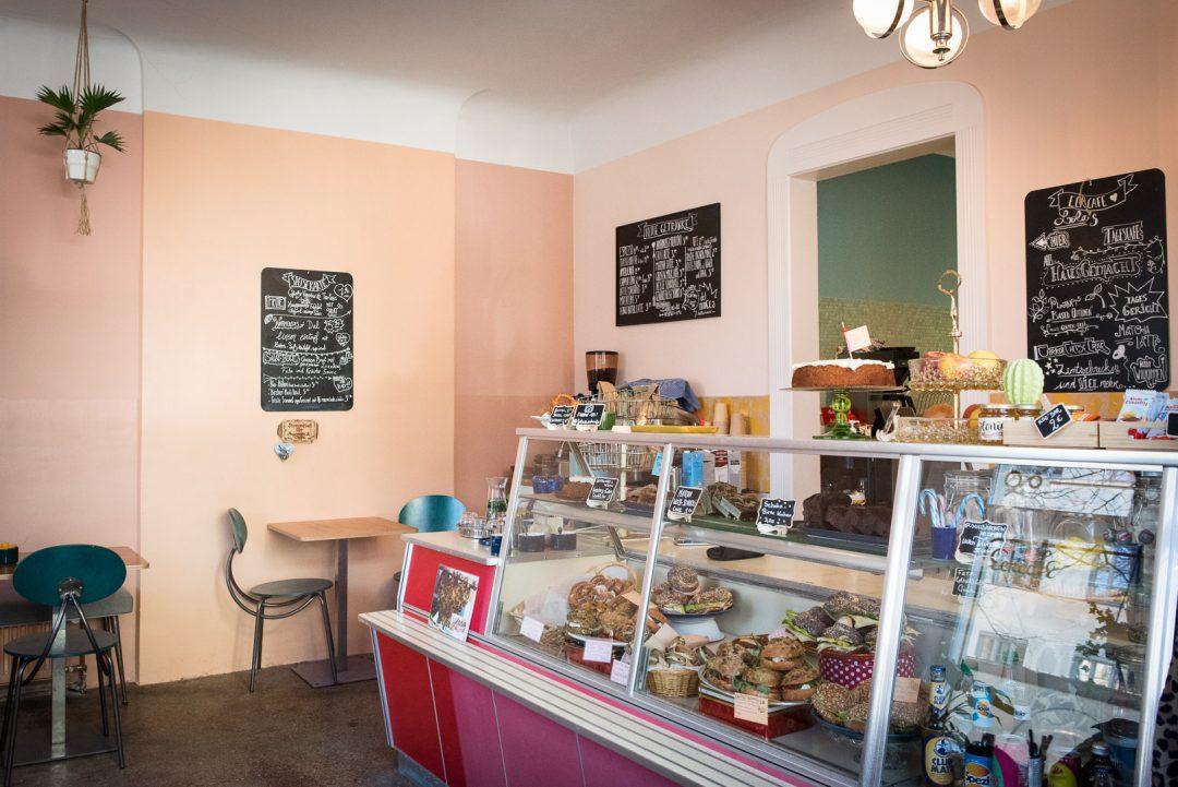 Lolas Eckcafe DSC 5515