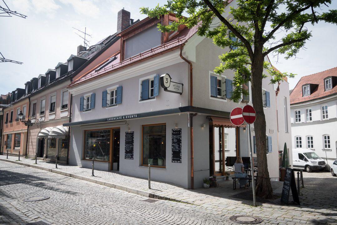 Das Ladencafe Samstagskinder in der Dachauer Altstadt |
