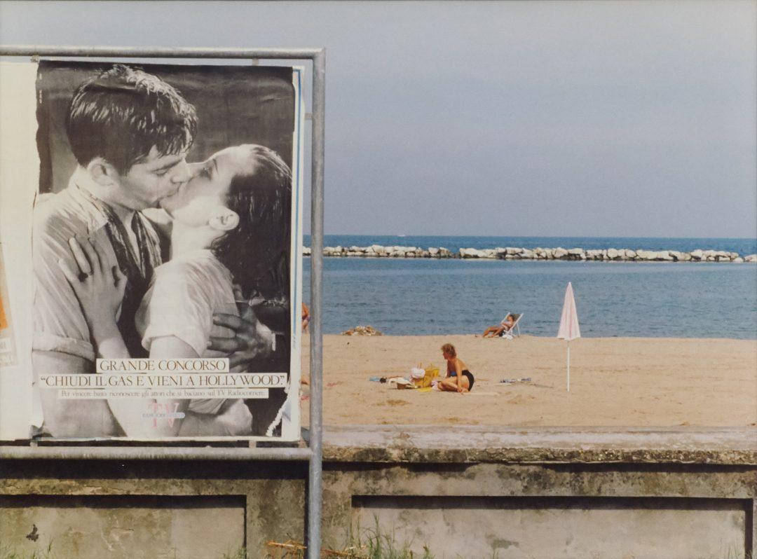 Luigi Ghirri Riviera romagnola 1979 Kodachrome series colour photograph 239 x 30 cm ∏ Eredi Luigi Ghirri courtesy Sammlung Goetz MÅnchen photo Ulrich Gebert